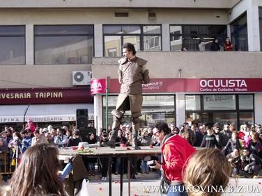 Герои Сервантеса на улицах Алверки