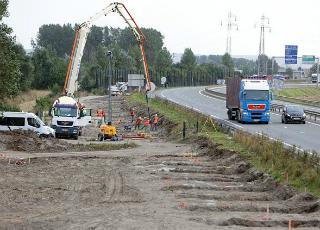 Во Франции построят стену от мигрантов